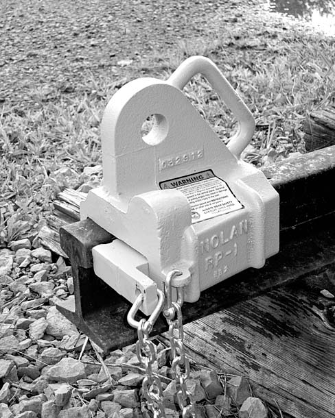 Enerpac Rail Puller : Rail components page pullers expanders