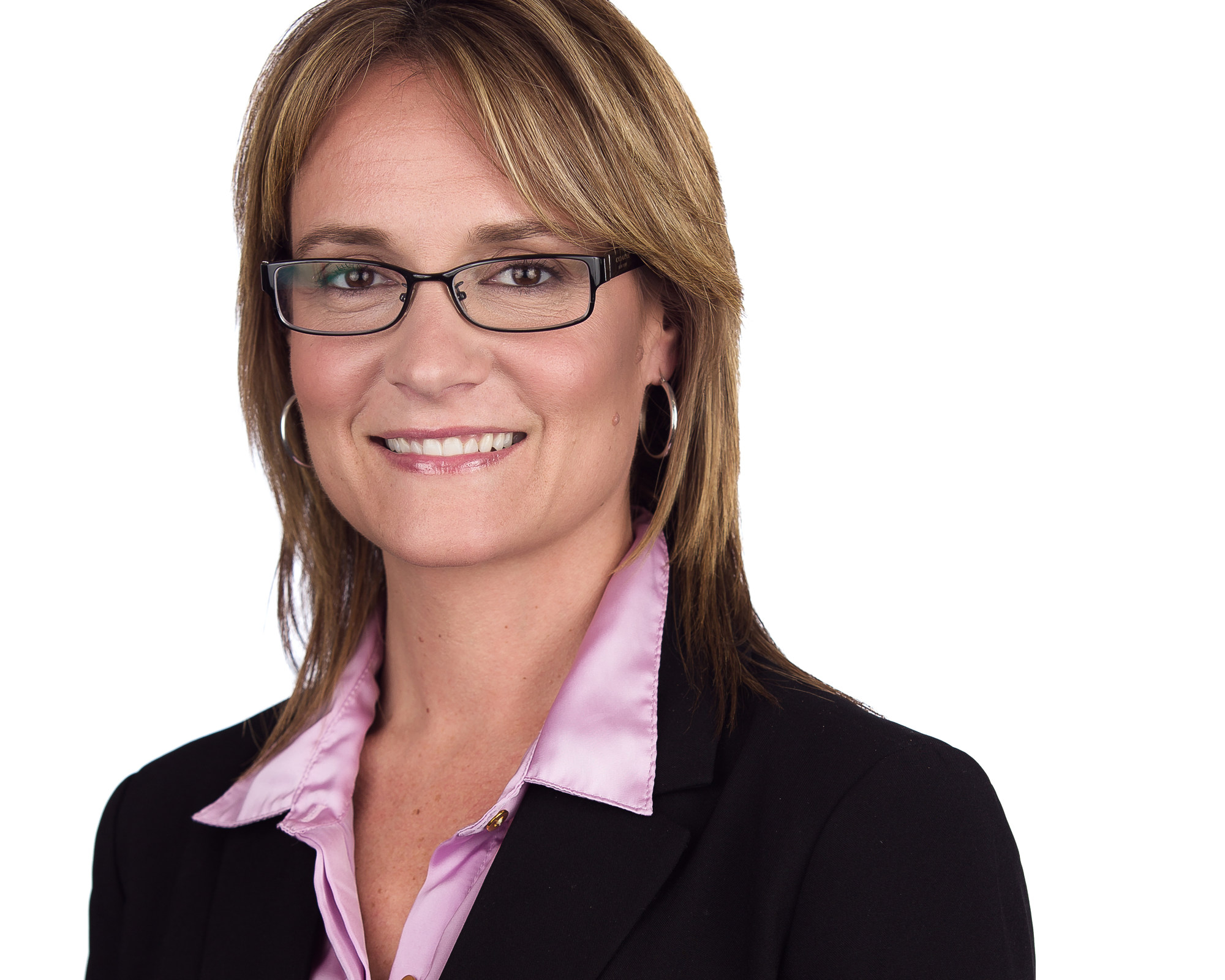 headshot of Corina Moore, president and CEO of Ontario Northland Transportation Commission