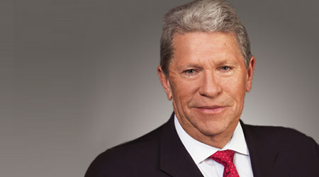 CSX shareholders vote to pay $84 million related to CEO hire