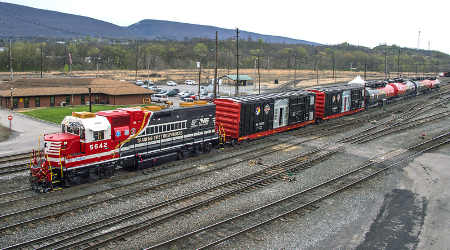 Norfolk Southern Corp (NSC) Position Upped by Suntrust Banks Inc