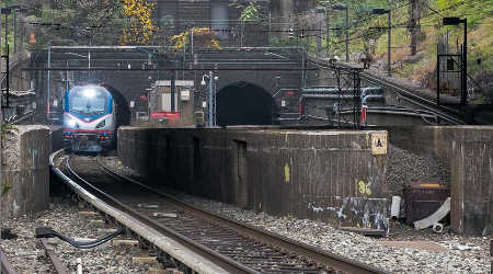 New York, New Jersey attain funding pact for brand spanking new rail…