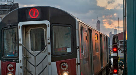 Rail News Nyct Inks Contract For Paint Repair Work