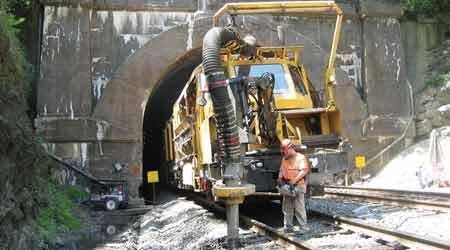 Rail Insider-Product roundup: Ballast management 2017