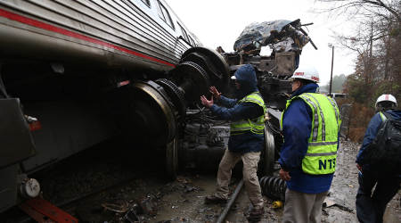 Amtrak May Stop Running on Tracks Lacking Safety Technology