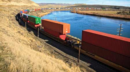 Rail Insider-Cl I railroads continue the longer-train ... on railroad engine house, railroad freight yards, railroad freight cart, railroad freight sidings, railroad weigh scale house, railroad container house,